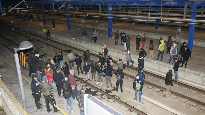 Multen un CDR amb 601 € per una protesta malgrat que cap policia el va identificar