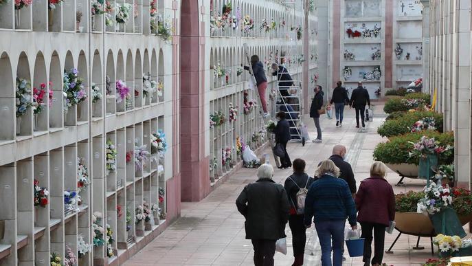 El cementiri de Lleida té només quatre nínxols lliures i cap és nou
