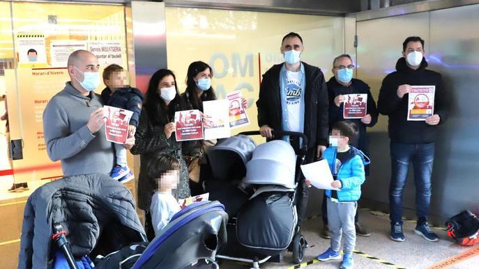 Entreguen 1.222 firmes contra la pujada de les escoles bressol