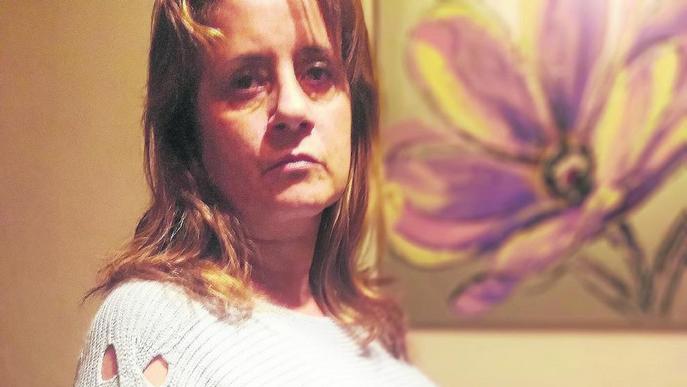 Ajornen de nou extirpar la vesícula a la dona que porta 15 mesos d'espera
