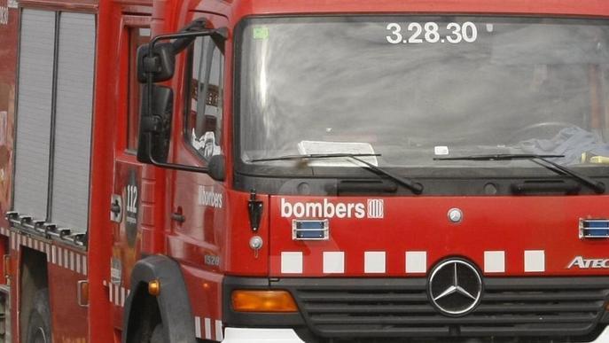 Ferit greu el conductor d'un camió per l'explosió d'una bombona a la cabina al polígon de Torrefarrera