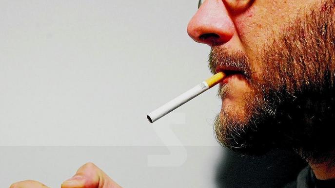 Exigeixen finançar els tractaments contra el tabaquisme