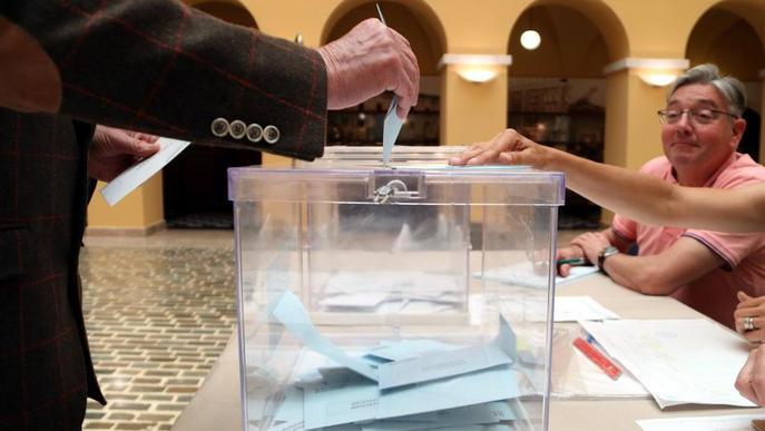 Catalunya votarà en pavellons i no en escoles a les eleccions del 14-F