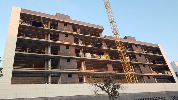 Aparelladors Lleida demana a la Paeria paralitzar les obres de construcció municipals i particulars