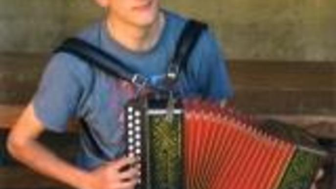 Agusti Busquets acordionista. Arxiu