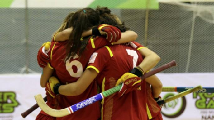 La selecció espanyola, amb Anna Ferrer del Vila-sana, s'estrena vencent