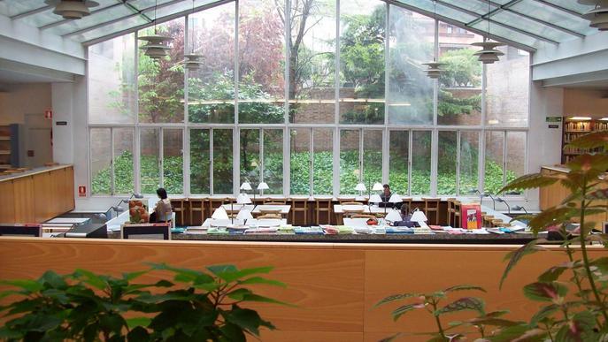 La Biblioteca de Lletres celebra el Dia mundial de la Poesia amb un recital virtual