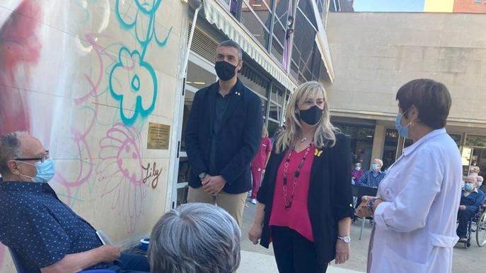 La consellera de drets socials visita una residència de Lleida per traslladar el seu suport a familiars i treballadors del centre