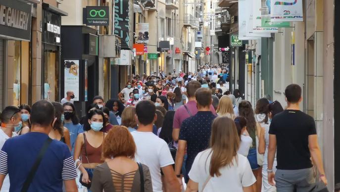 Detingut per intimidar amb una pistola els dependents d'una botiga a Lleida