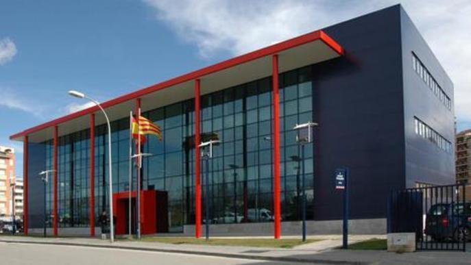 Els Mossos d'Esquadra detenen tres homes que intentaven robar en un pis i un bar de Lleida