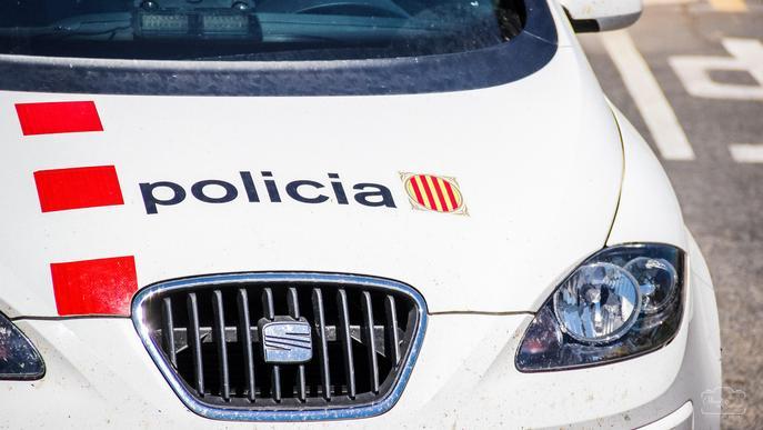 Detinguda una veïna de la Seu d'Urgell per un robatori amb força a un domicili