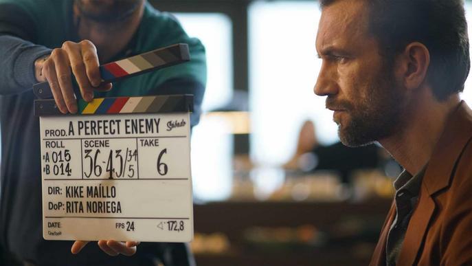 Una imatge de rodatge de 'Cosmética del enemigo'