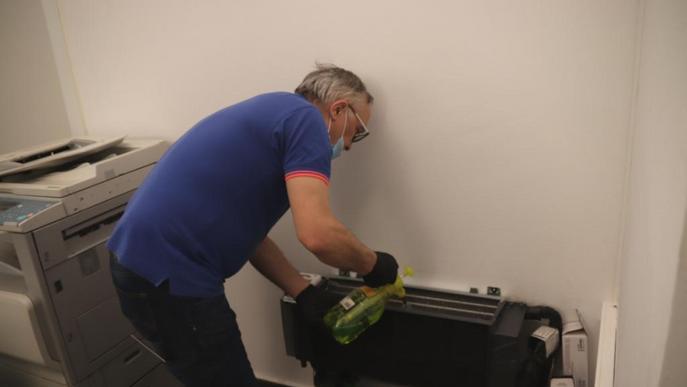 La Diputació de Lleida inicia la neteja i desinfecció dels equips de climatització de la institució