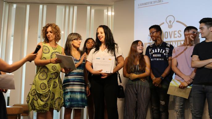 Entrega de diplomes als joves del programa Noves Oportunitats, per reincorporar-se al món educatiu o laboral