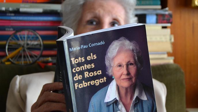"""Rosa Fabregat: """"Em faig sortir cigonya als meus poemes"""""""