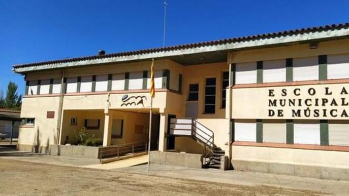 exterior de l'Escola Municipal de Música d'Agramunt