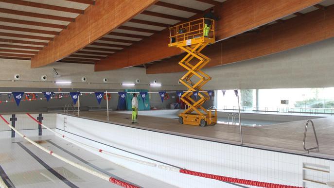Tàrrega comença la rehabilitació de la piscina coberta municipal