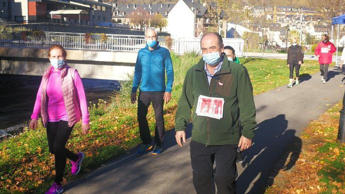 Una marxa solidària a Vielha recapta més de 5.000 euros per al Banc dels Aliments
