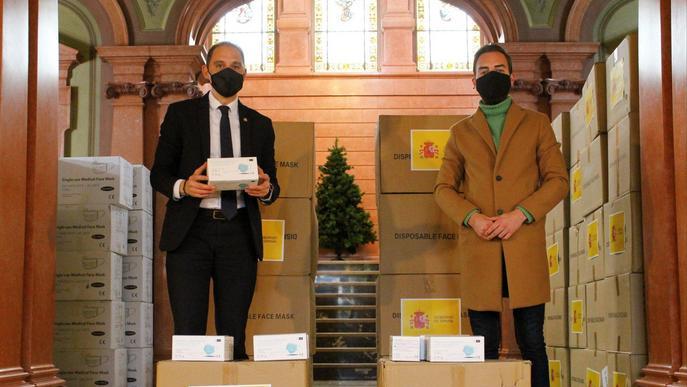 ⏯️ El Govern central entrega 20.500 mascaretes a la Paeria de Lleida