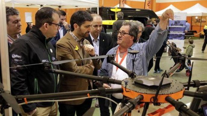 Empresaris del sector dels drons reclamen flexibilitzar la normativa de l'espai aeri