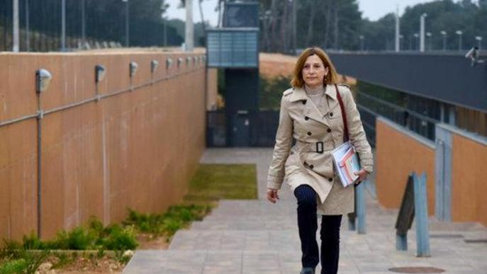 La Fiscalia recorre la sortida de la presó de Forcadell per reprendre el voluntariat i la cura de la seva mare