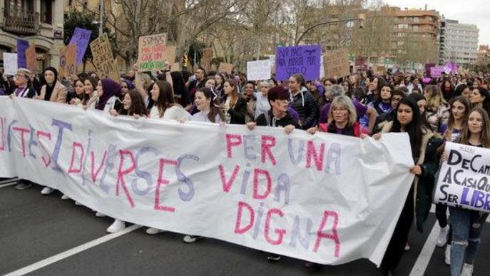 Lleida reivindica la igualtat entre homes i dones i la fi de la violència masclista