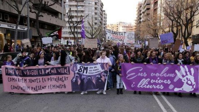 Lleida reivindica la igualtat entre homes i dones i la fi de la violència masclista amb dues manifestacions