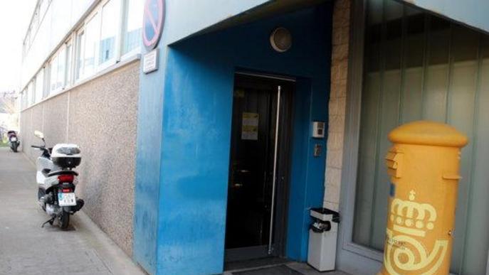 Correus tanca el centre logístic del polígon El Segre de Lleida per un treballador amb símptomes de coronavirus