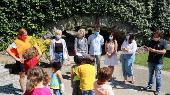 La directora general de Joventut, Laia Girós, ha visitat un casal d'estiu d'Esterri d'Àneu