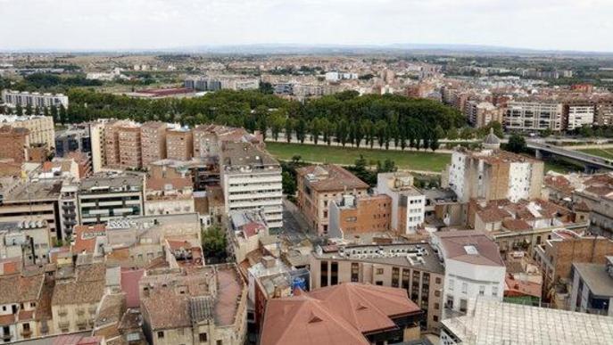 Vistes Lleida des de La Seu Vella. Arxiu