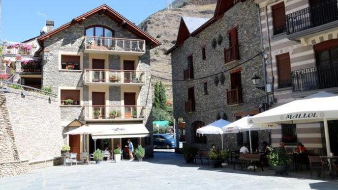 La plaça de Llavorsí, al Pallars Sobirà