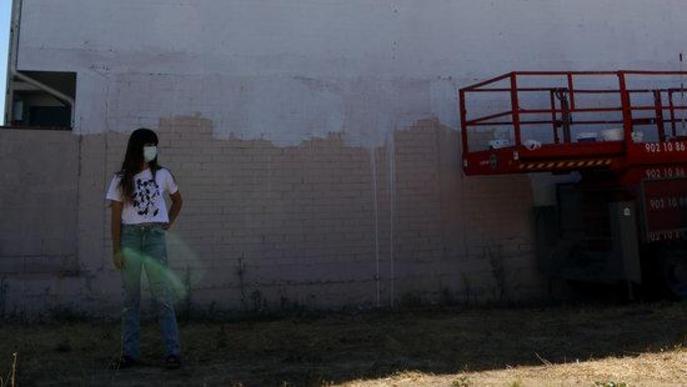 "Artista Cristina Dejuan mural ""censurat"" Torrefarrera"