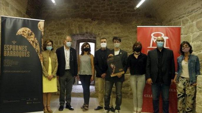Pla mitjà de Lluís Cerarols, delegat del Departament de Cultura a la Catalunya Central; Josep Barcons, director artístic del Festival; i Joan Calmet, i regidor de Turisme a Manresa
