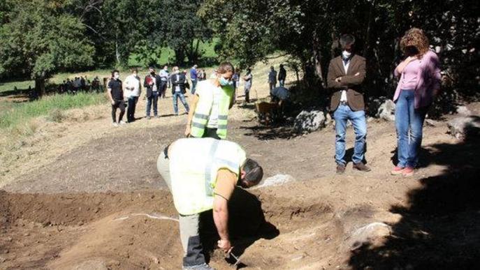 Memòria Democràtica obre a l'Alt Àneu una fossa on hi hauria civils afusellats per l'exèrcit rebel