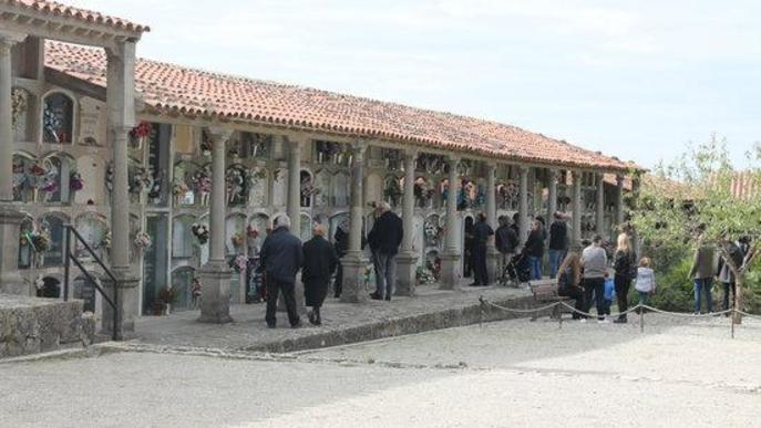 Pla obert del cementiri de Cervera, en una imatge d'arxiu