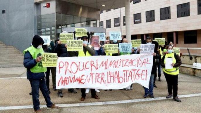 La PAH de Lleida denuncia persecució i amenaces per part de la policia