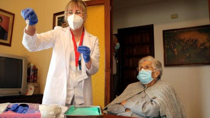 ⏯️ Vacunar al món rural, una dificultat afegida pel trasllat del vaccí i la dispersió de les masies