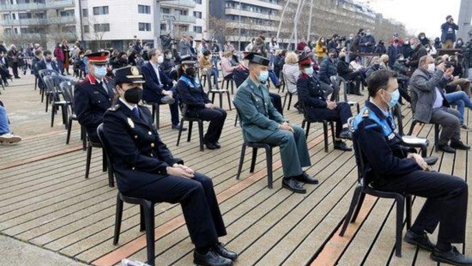 Representants dels cossos policials a l'acte institucional del 8-M