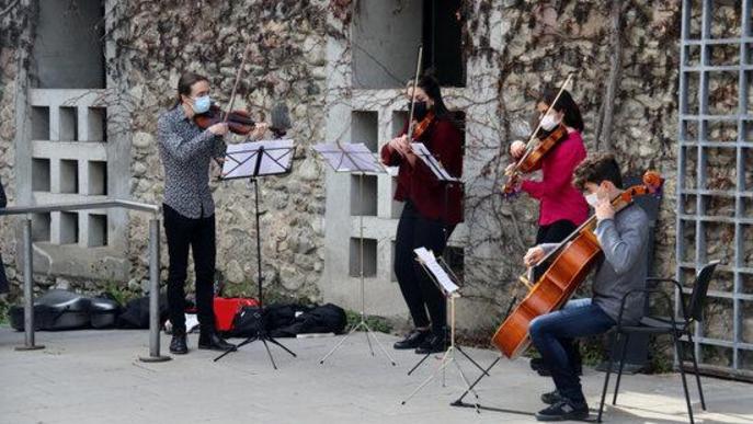 Actuació del quartet de corda format pels alumnes del Conservatori de Música dels Pirineus