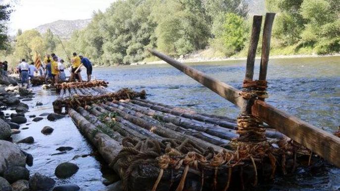 Els raiers de Coll de Nargó celebren la tradicional baixada de rais