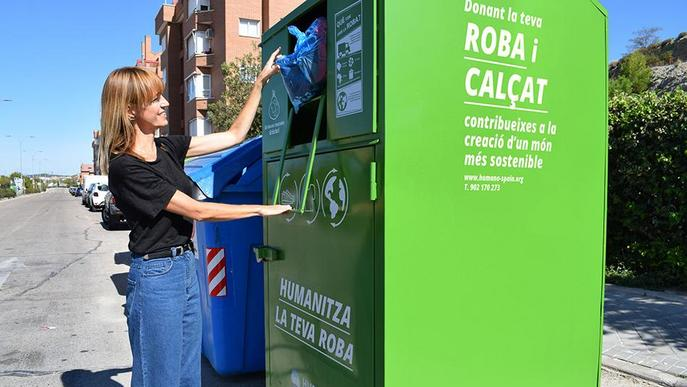 Humana recupera a la província de Lleida 140 tones de tèxtil per a fins socials