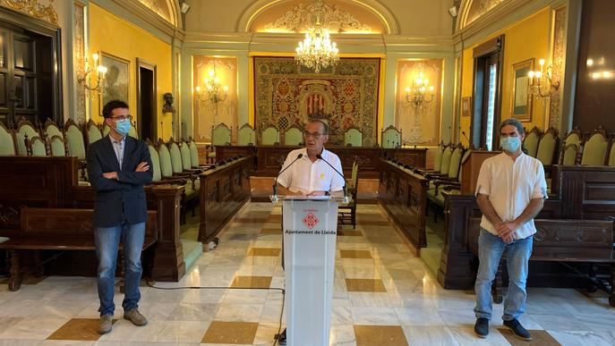 La Paeria reparteix 1.700 mascaretes al Centre Històric i l'Eix Comercial