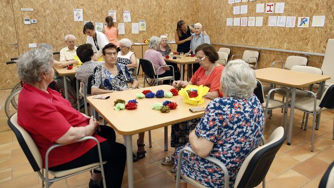 Els Centres de Dia municipals amplien els seus serveis per a les persones grans