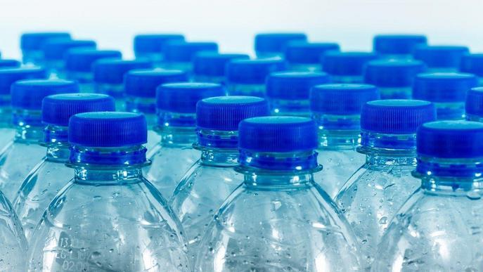La Paeria diu adéu a a les ampolles i gots de plàstic d'un sol ús