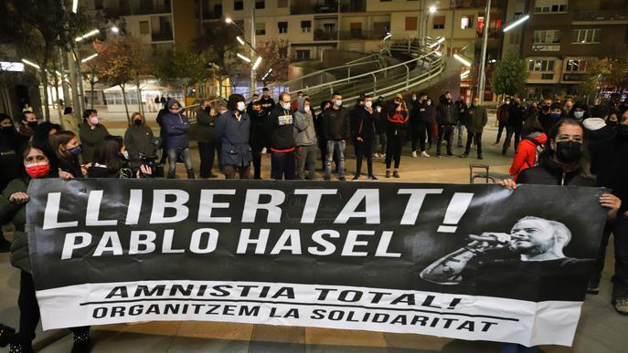 ⏯️ Identificats per exhibir simbologia nazi i fer salutacions feixistes a Lleida