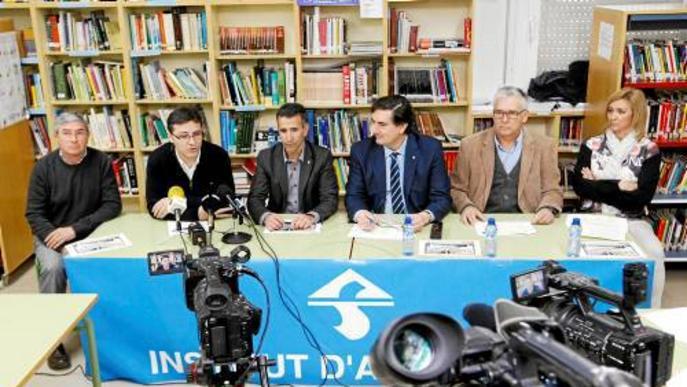 Els centres educatius d'Alcarràs i Torres de Segre inicien un projecte per ampliar l'ús de les tauletes a l'aula