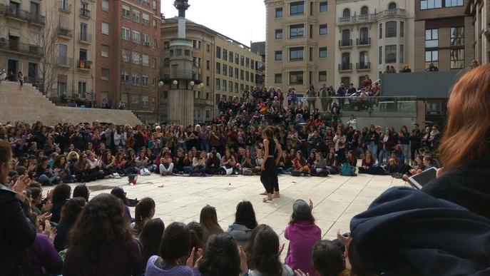 La Marea Lila trau el feminisme al carrer per celebrar el #8M i reivindicar la vaga de dones