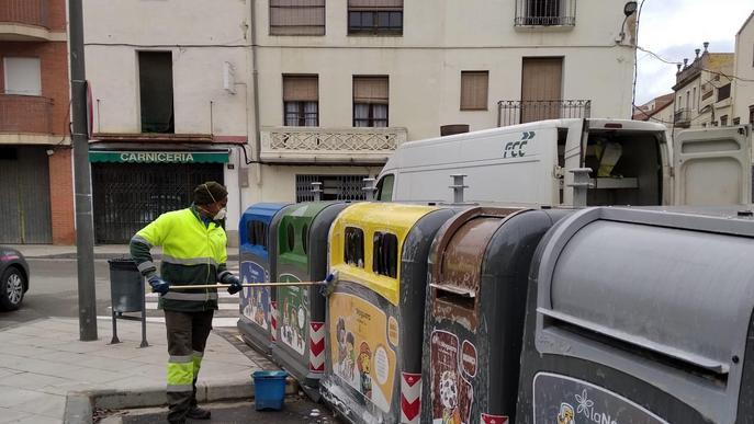 Es reforça la neteja i desinfecció dels contenidors de residus de la Noguera