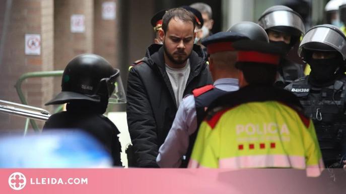 Els Mossos s'emporten detingut el raper Pablo Hásel el 16 de febrer del 2021