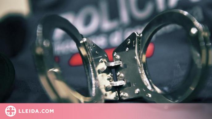 Detingut per robar dos cops en un mateix habitatge del Centre Històric de Lleida